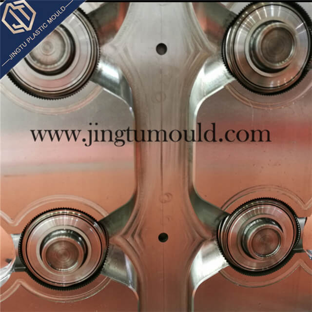 Injection Mold for Flipping Plastic Bottle Cap